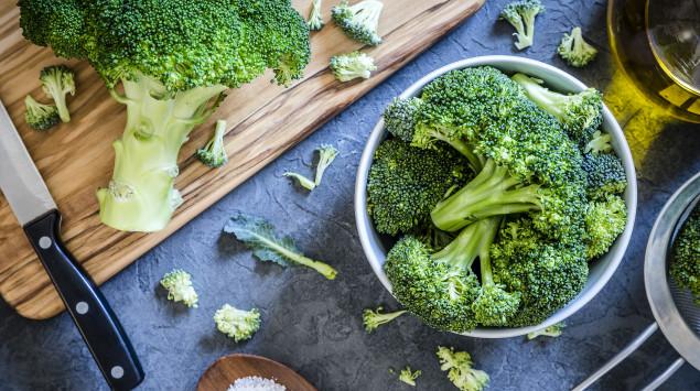 Brokkoli ist eine gute vegane Quelle für Calcium.