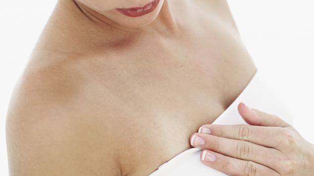 Groß frau unterschiedlich brust Brüste unterschiedlich