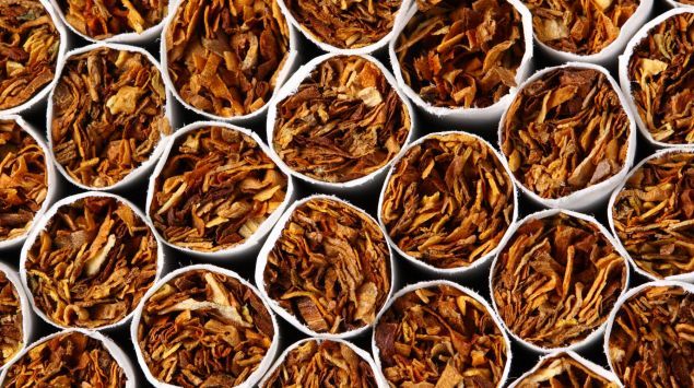 Man sieht viele Zigaretten.